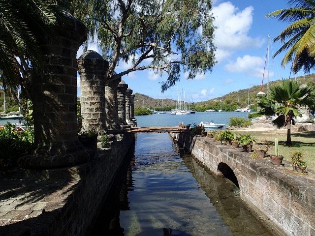 Nelsons-Dockyard-auf-Antigua_wunderschoene-historische-Anlagen