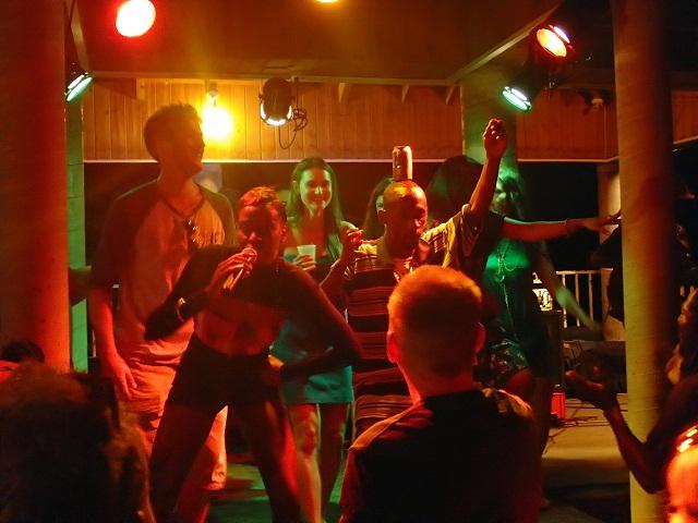 Reggaeparty-auf-Shirley-Heights_Antigua