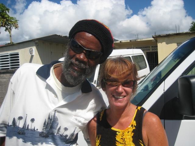 Watusi, Taxifahrer und Reggaekuenstler auf Nevis