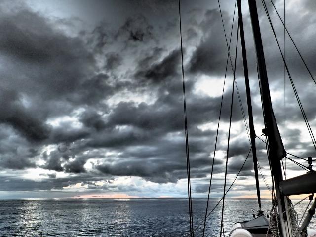 Wolkenspiel-auf-dem-Nordatlantik