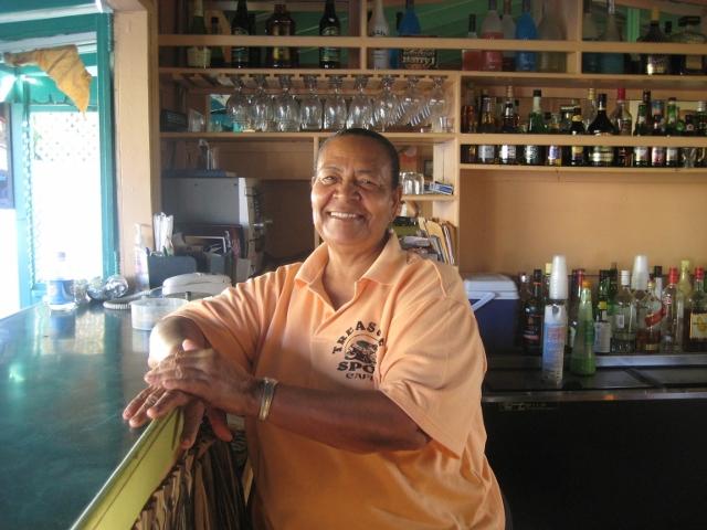 eine Barbesitzerin auf Montserrat