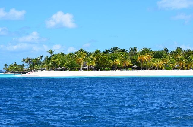 karibischer Strand Richtung Tobago Cays