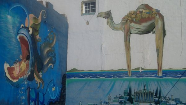 Das unscheinbare Städtchen Gran Tarajal auf Fuerteventura wartet mit super Graffiti auf.