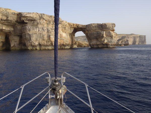 Spektakuläre Felsformationen bei Gozo (Habib Sanna)