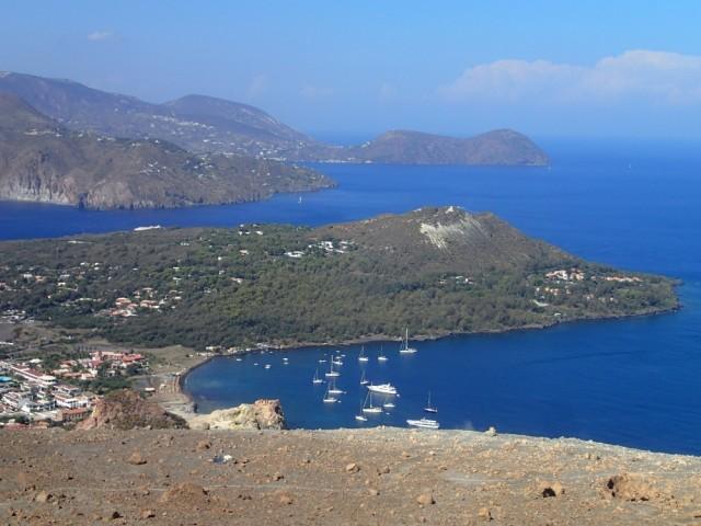 Schöner Blick auf die Buchten von Vulcano