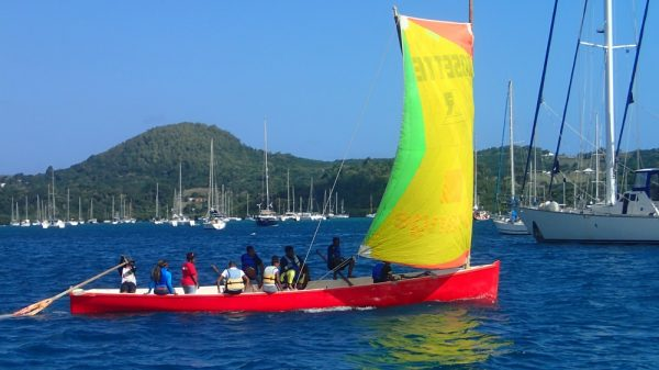 Einheimisches Segelboot auf Martinique