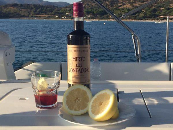 Der Mirto, ein typischer Aperitif aus Sardinien