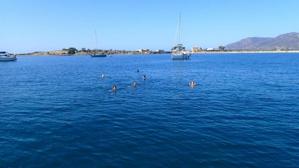 Badespaß vor Sardinien