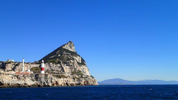 Wir passieren Europa Point am Felsen von Gibraltar, das Mittelmeer hat uns wieder (InsPIRATion)