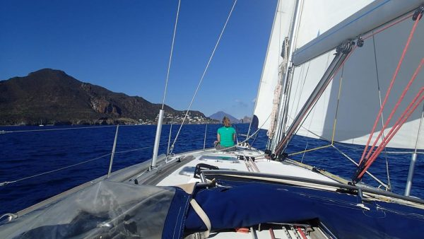 Tolles Segeln zwischen den Liparischen Inseln
