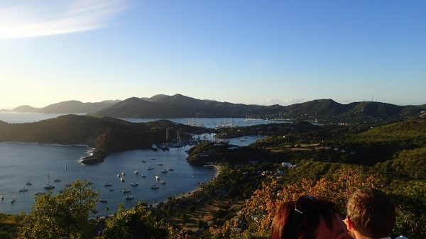Der Blick von Shirley Heights auf English Harbour