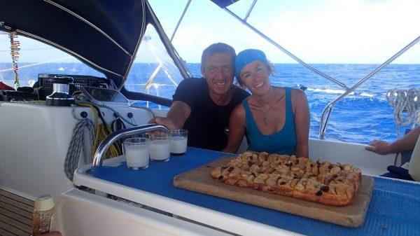 Karins Geburtstag auf hoher See – es gibt frisch gebackenen Apfelkuchen