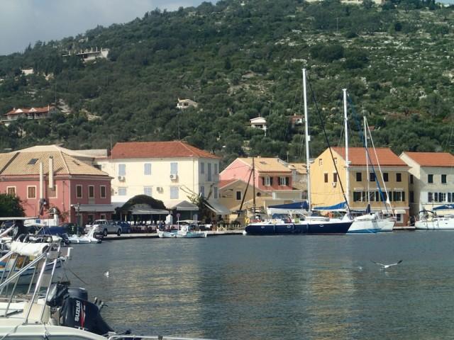 Wunderschön, in der Nachsaison haben wir den Hafen fast für uns allein und zahlen null!!!