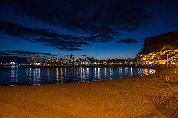 Herrliche Stimmung am Strand von Puerto de Mogan