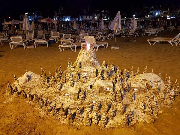 Vergängliche Kunst aus Sand
