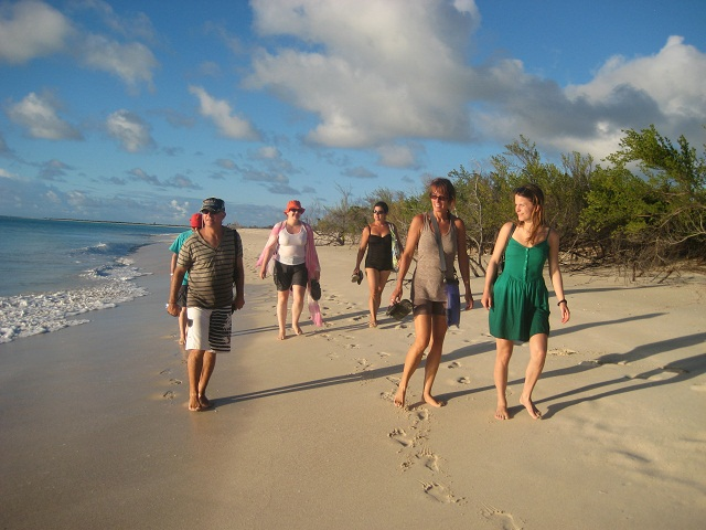 Barfuss am Strand_Barbuda__