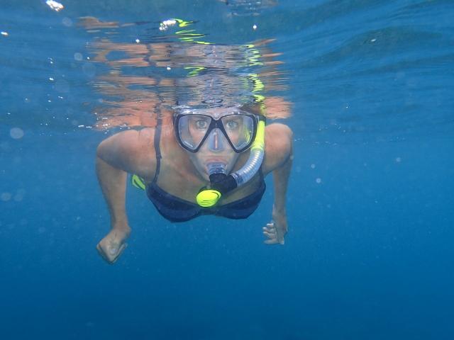 Karin-beim-Schnorcheln-mit-unserer-neuen-Unterwasserkamera