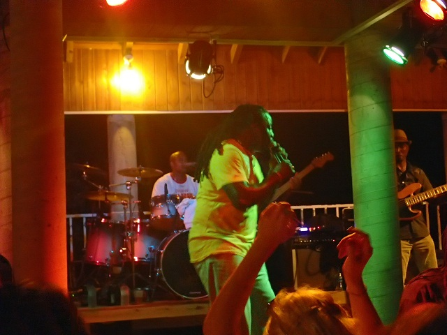 Reggaeparty-auf-Shirley-Heights_Antigua
