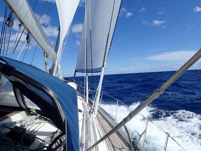 schoenes Segeln in der Karibik