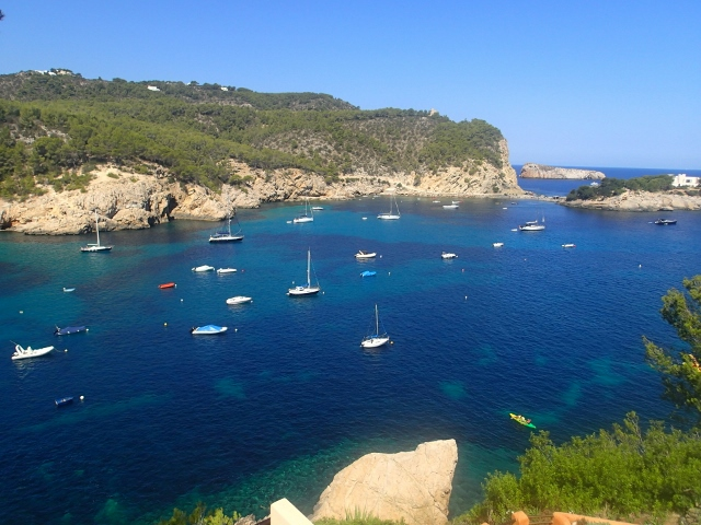 tolle Ankerbucht bei Ibiza