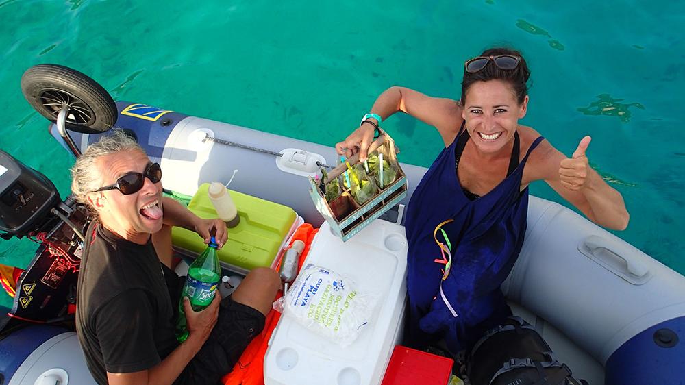 Der Mojito Man von Ibiza hat Konkurrenz bekommen, Mojito Lieferservice direkt an die Yacht bei Menorca