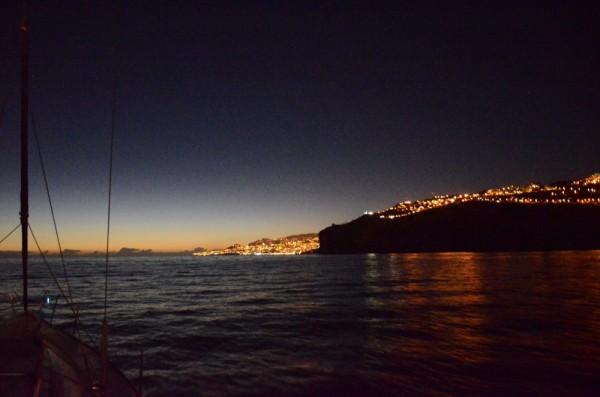 Tolle Nachtansteuerung von Funchal