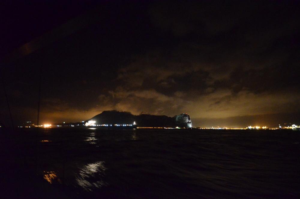 Gibraltar bei Nacht - Ansteuerung unter Radar