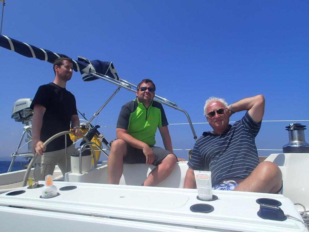 Die Crew bei bestem Wetter