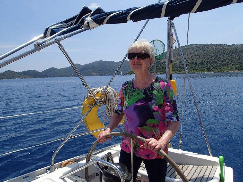 Unsere Helga, mit einundachtzig Jahren voll dabei