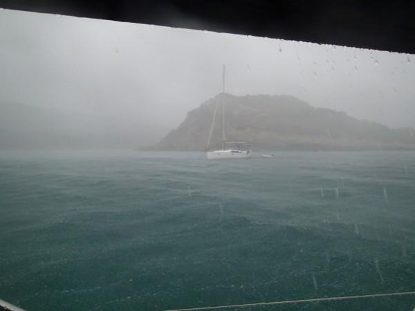 Auch das gibt´s mal - wir wettern ein Gewitter in der Bucht ab
