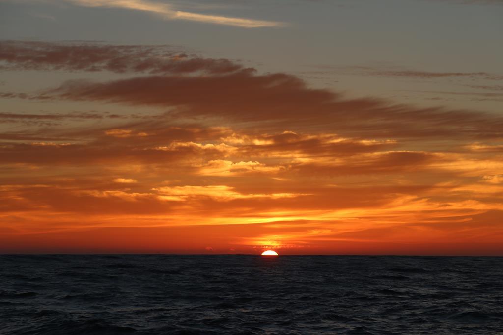 Der letzte Sonnenuntergang auf dem Atlantik