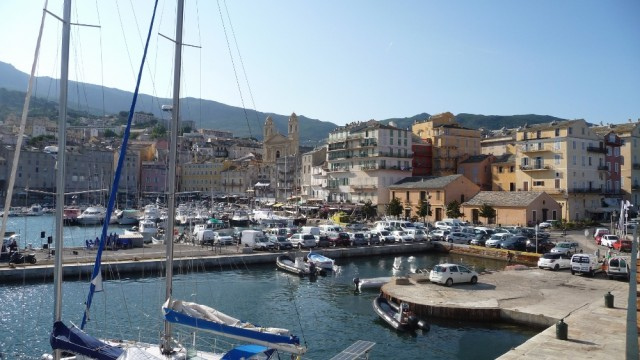 Bastia auf Korsika – wir liegen direkt an der Altstadt