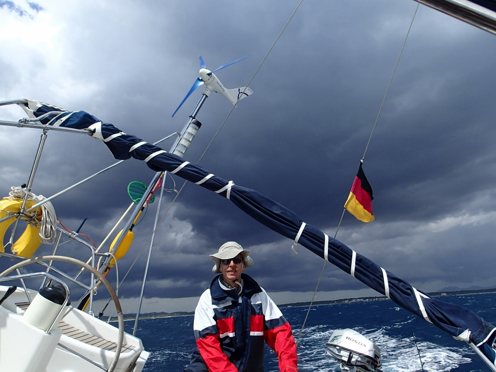 Im Mittelmeer gibt es angeblich nie Wind…….