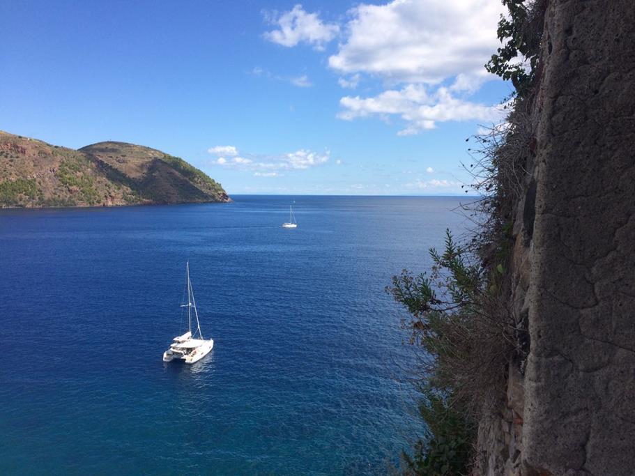 Schöne Küste von Lipari