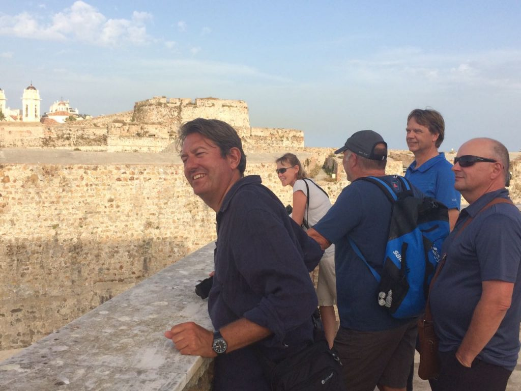Die Crew besucht die Festungsanlagen von Ceuta