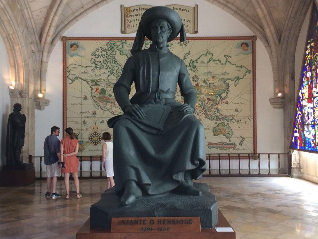 Heinrich der Seefahrer im maritimen Museum in Lissabon