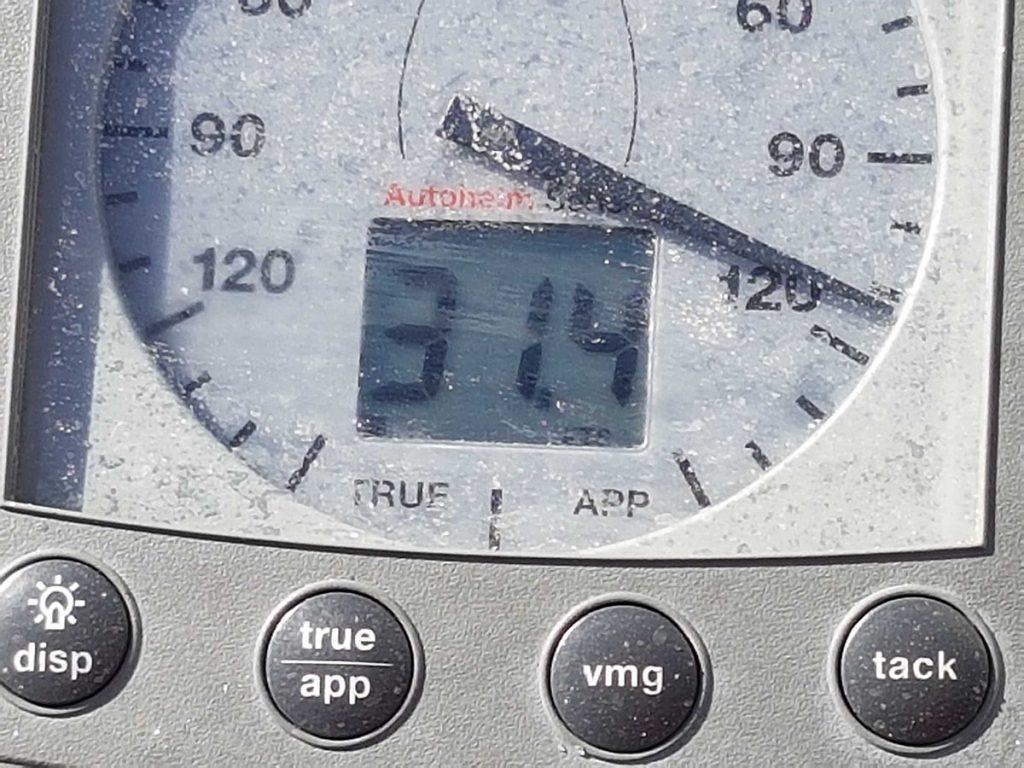 31 Knoten wind aus 120 Grad und ab geht´s