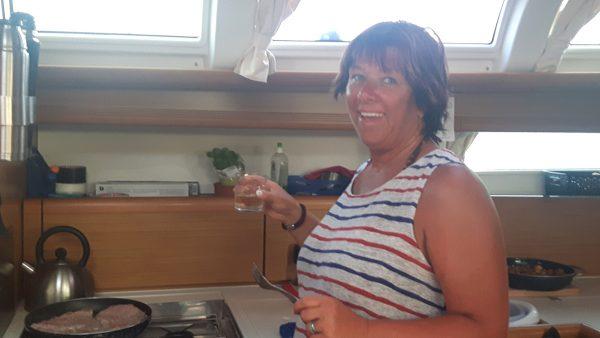 Mit Spaß in der Bordküche dabei