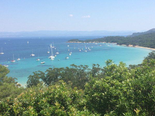 Karibische Wasserfarbe vor der Ile de Porquerolles