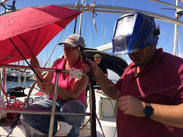 Windschutz für die Schweißarbeiten von Stuart, unser Inox-Profi