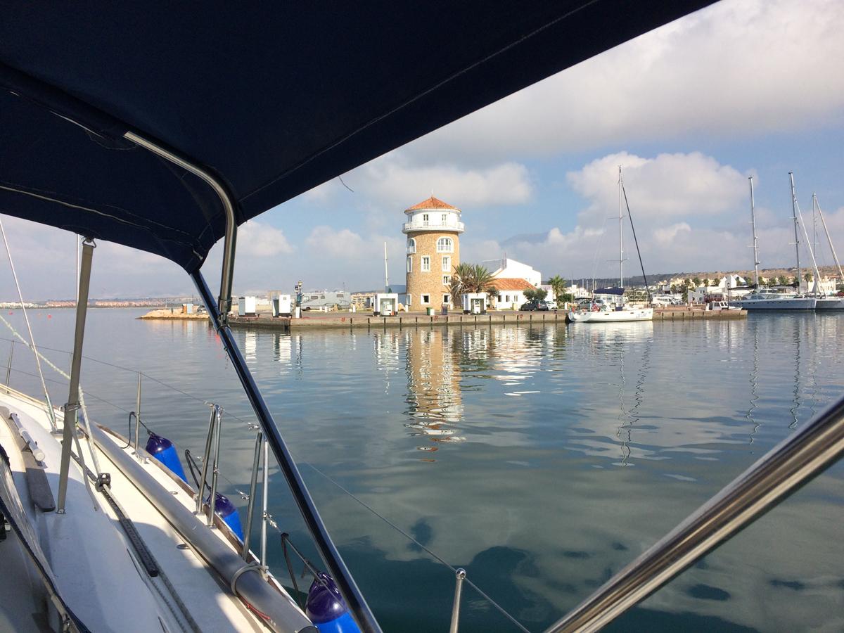 Nach knapp 3 Wochen Werftaufenthalt verlassen beide Schiffe Almerimar