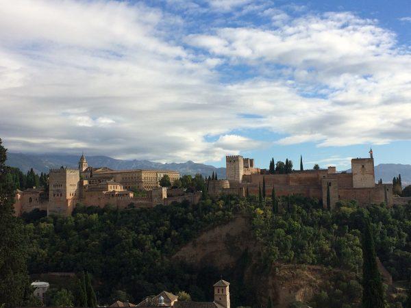 Die Alhambra im Abendlicht