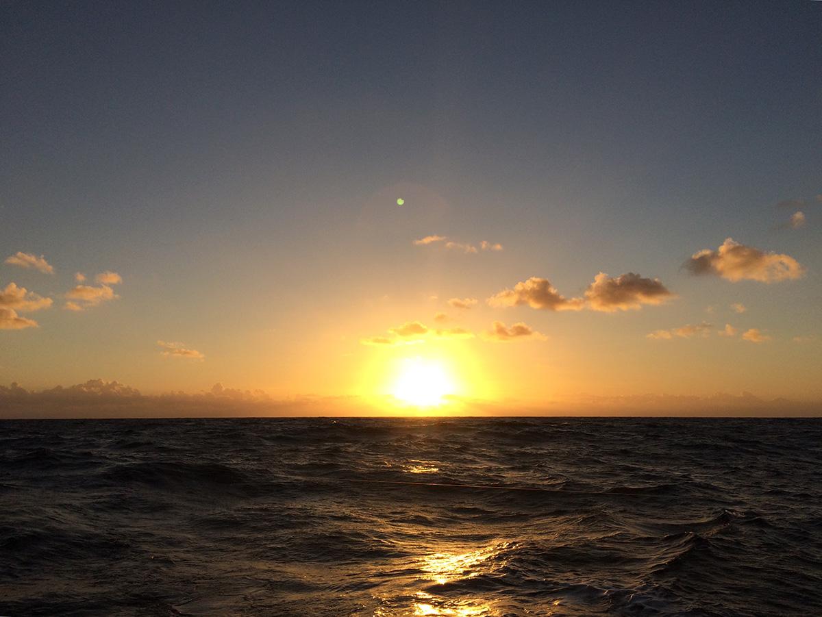 Letzter Sonnenaufgang auf dem Nordatlantik