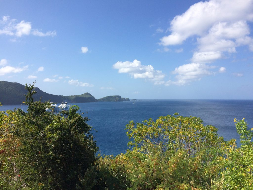 Die Einfahrt zur Admiralty Bay