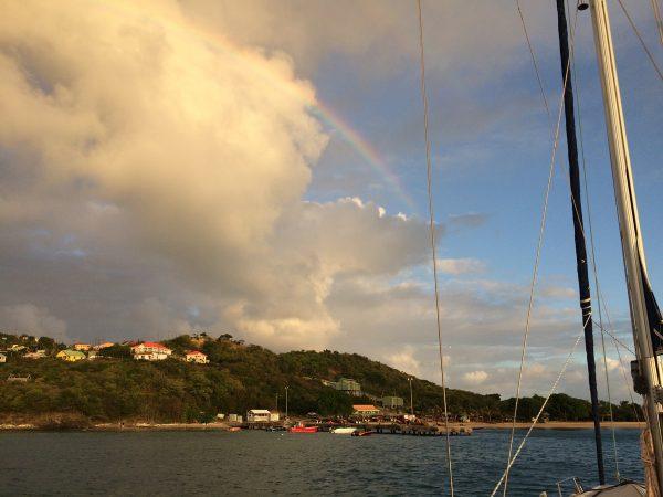 Regenbogen über Mayreau
