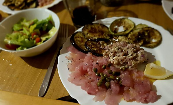 Eines der Stammgerichte auf der Emotion – Thunfischtartar