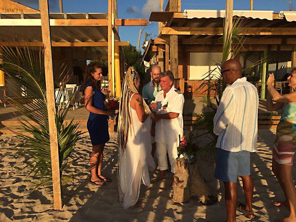 Strandhochzeit auf Anguilla