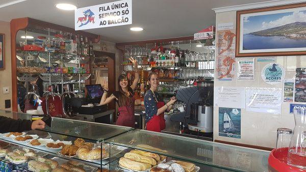Am nächsten Morgen, lecker Frühstück in unserem geliebten Cafe Porto Pim