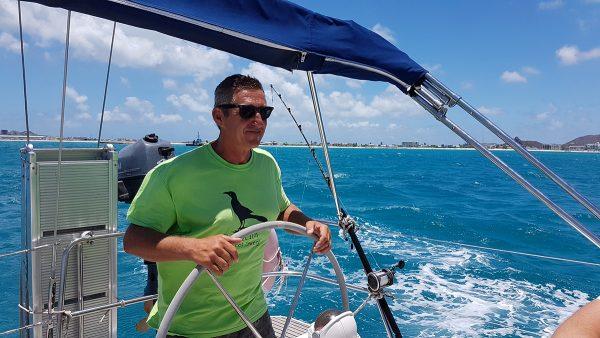Wir düsen noch einmal nach Anguilla, in unsere geliebte Road Bay
