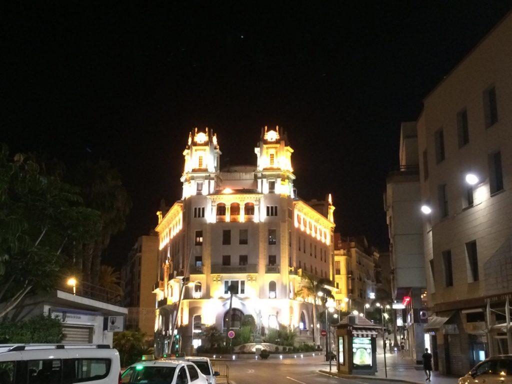 Ceuta bei Nacht